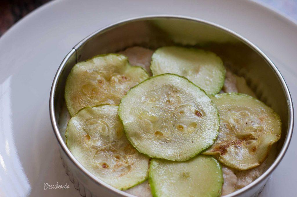Calabacín a la plancha pastel de patata y mermelada