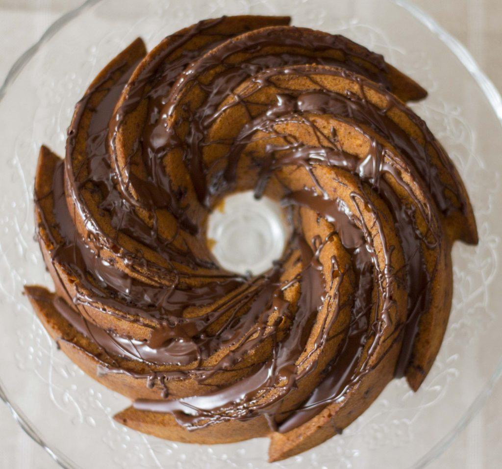 Bundt Cake de Avellanas, Almendras y Chocolate