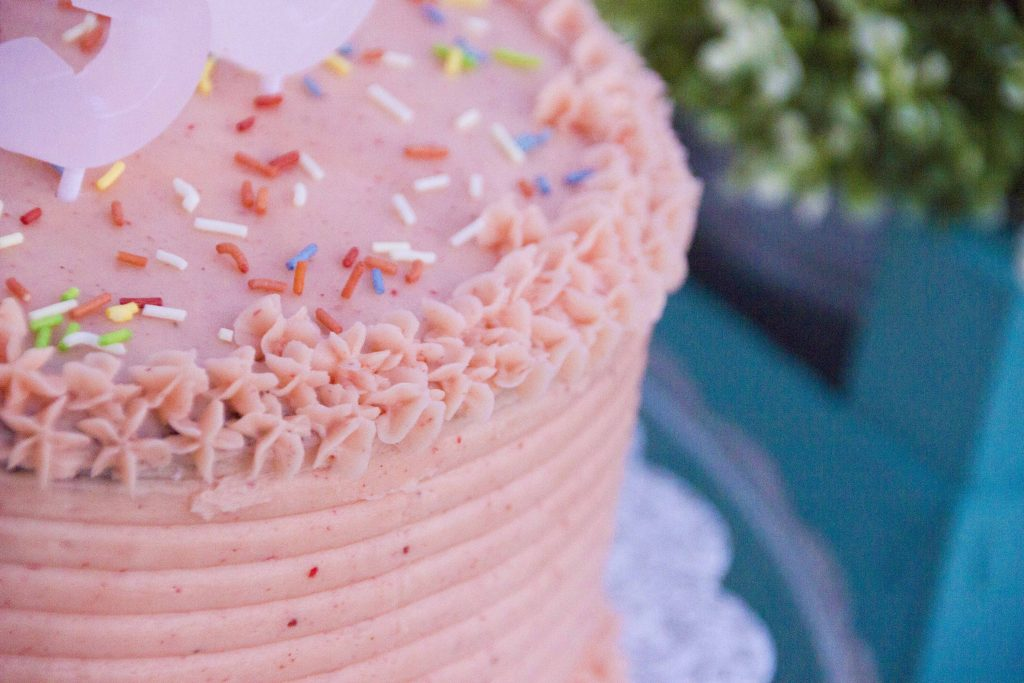 Layer Cake Tarta de Chocolate Vainilla y Fresa