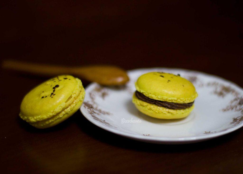 Macarons Amarillos con Chocolate